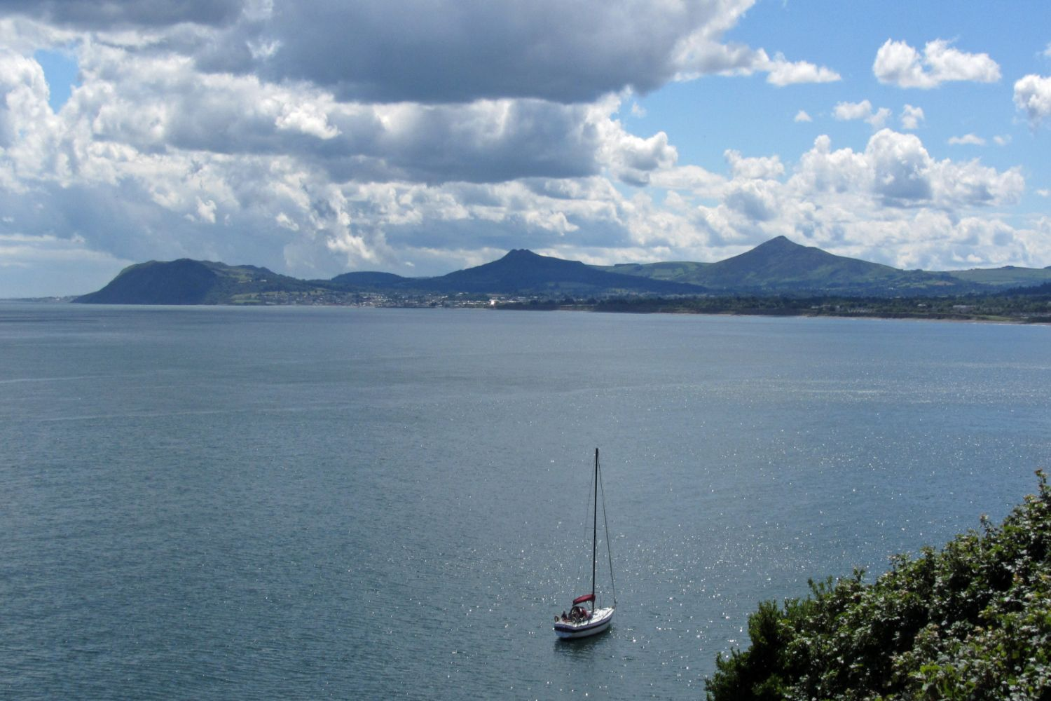 yacht in Killiney Bay