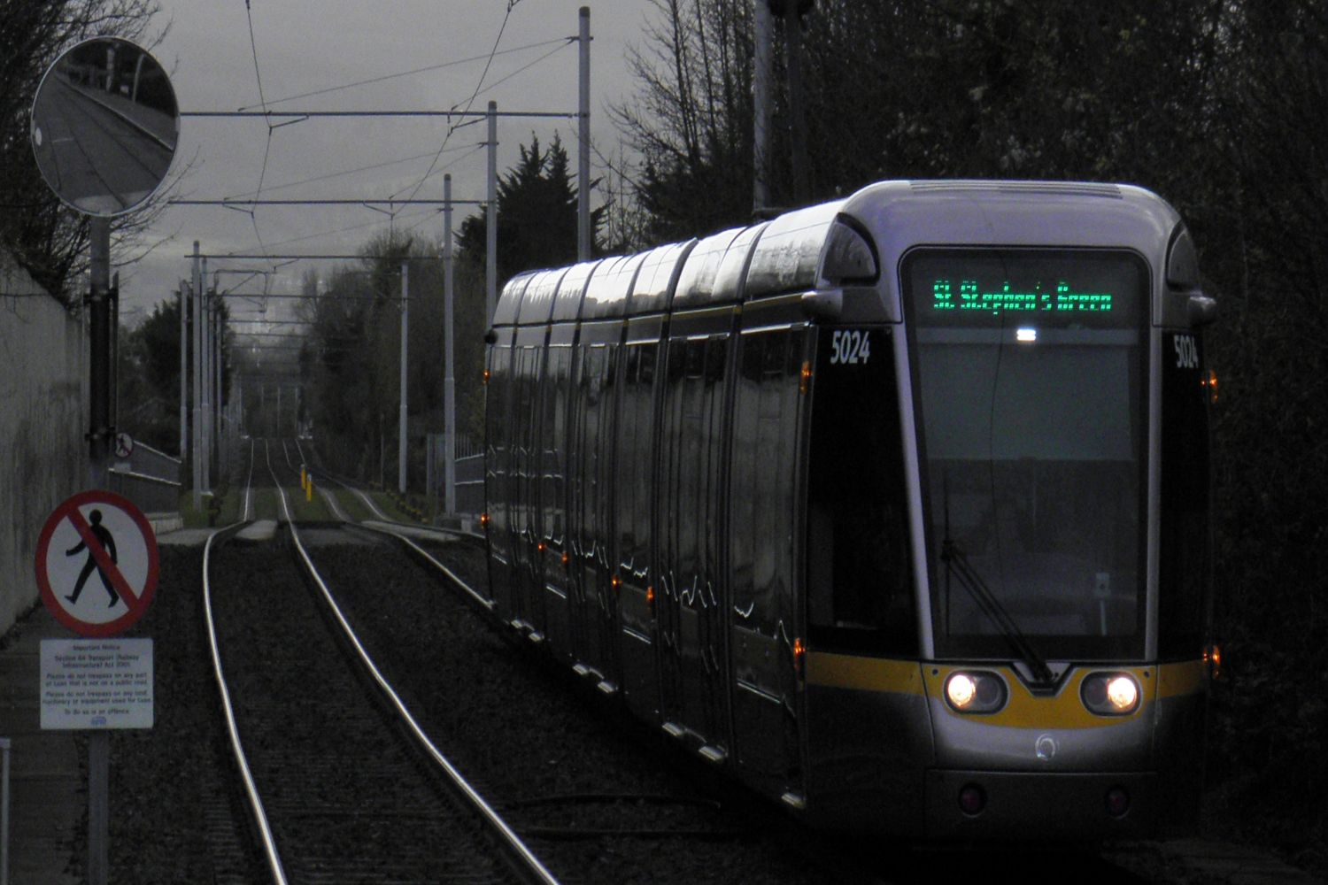 LUAS Tram (at twilight)