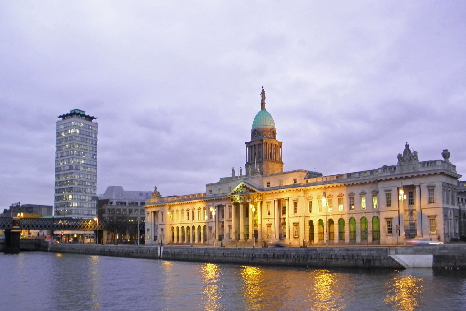 Custom House w Liberty Hall at twilightap