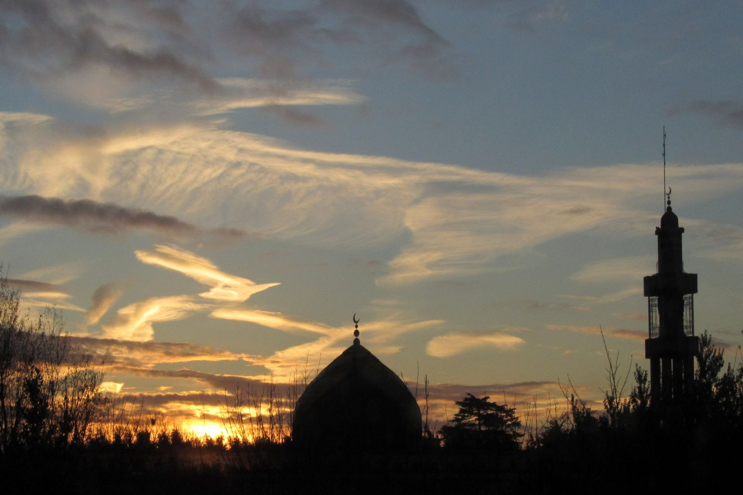 Clonskeagh Mosque at sunrise